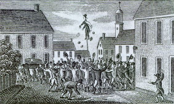 New Hampshire Crowd with Stamp Man Effigy
